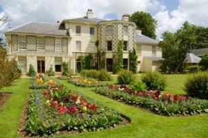 Image © English Heritage - Down House, Kent.