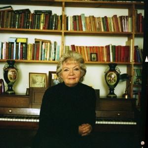 Author Lesley Cookman