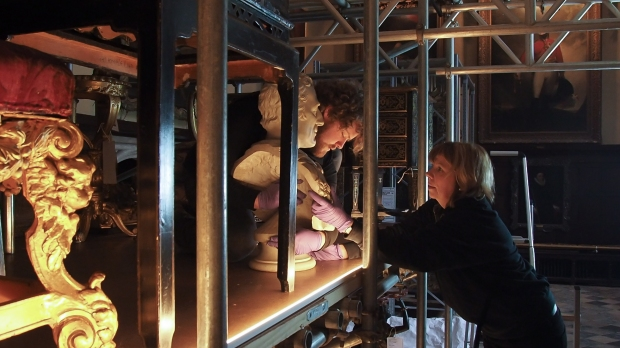 Decanting the rooms - Knole House 2016