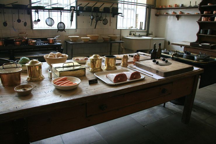 petworth_house_kitchen_table_2014