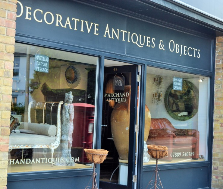 Marchand Antiques in Sevenoaks. Image copyright Rachael Hale